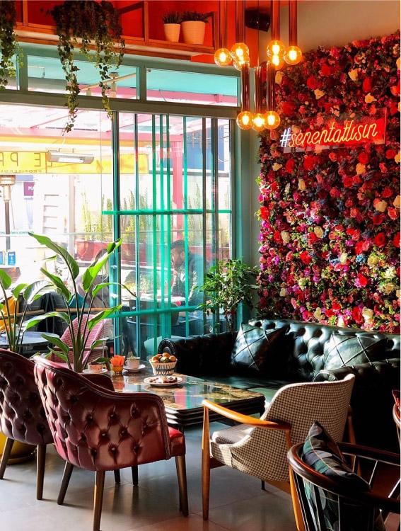 Le Profitti Cafe / Beşevler