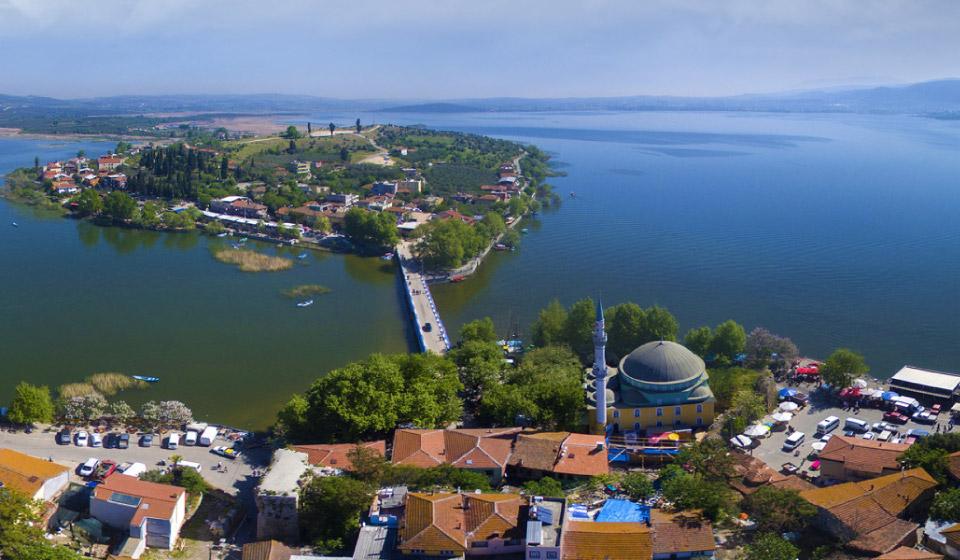 Bursa'nın turistik bölgesi Gölyazı'yı gökyüzünden gördünüz mü?